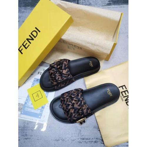 Fendi Slippers For Women #886322