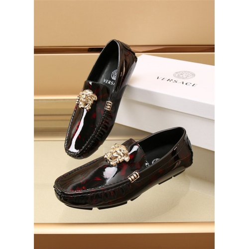 Versace Leather Shoes For Men #886406