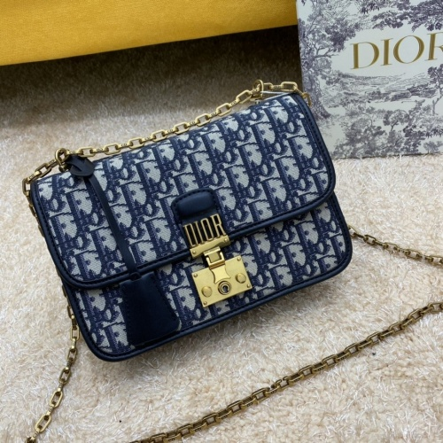 Christian Dior AAA Quality Messenger Bags For Women #886575