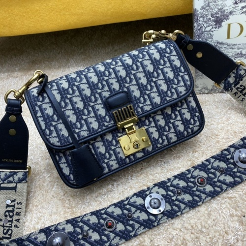 Christian Dior AAA Quality Messenger Bags For Women #886577