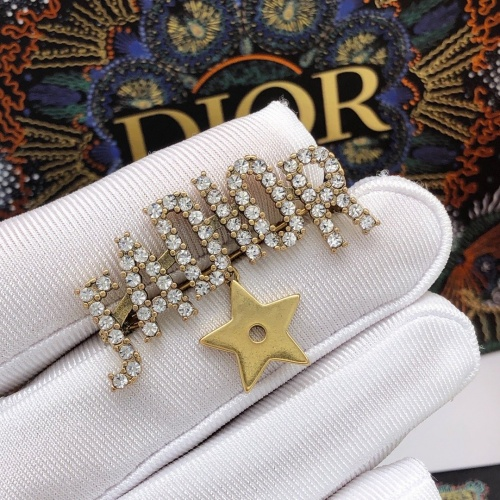 Christian Dior Brooches #887071