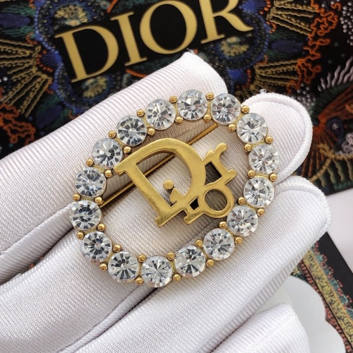 Christian Dior Brooches #887076