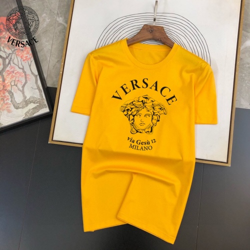 Versace T-Shirts Short Sleeved For Men #888016