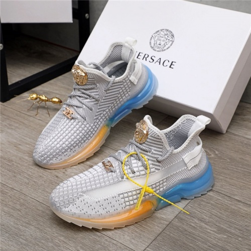Versace Casual Shoes For Men #888290