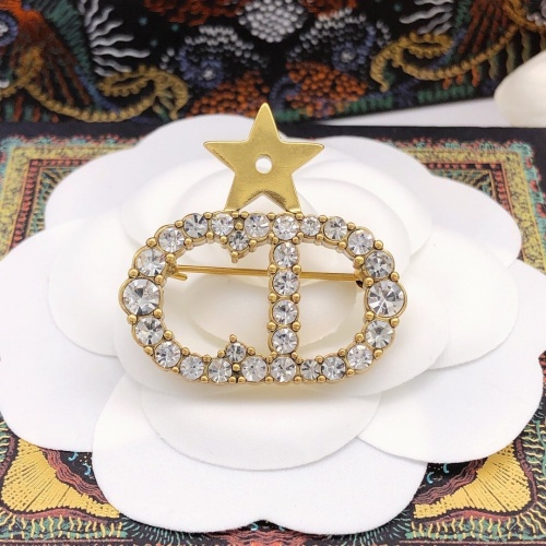 Christian Dior Brooches #888377