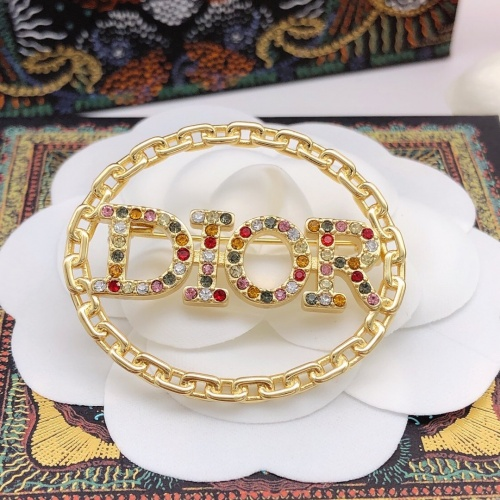 Christian Dior Brooches #888378