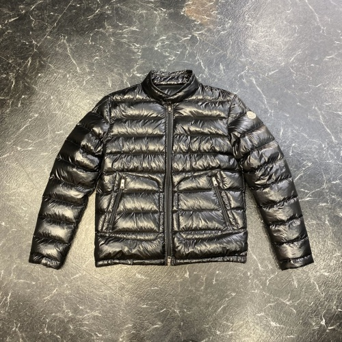 Moncler Down Feather Coat Long Sleeved For Men #889000