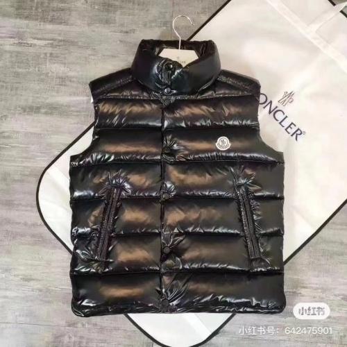 Moncler Down Vest Long Sleeved For Men #889004