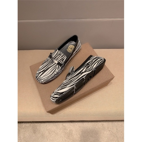 Replica Versace Casual Shoes For Men #889429 $72.00 USD for Wholesale