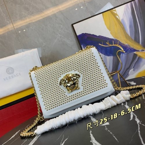 Versace AAA Quality Messenger Bags For Women #889504 $125.00 USD, Wholesale Replica Versace AAA Quality Messenger Bags