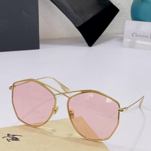 Christian Dior AAA Quality Sunglasses #890144