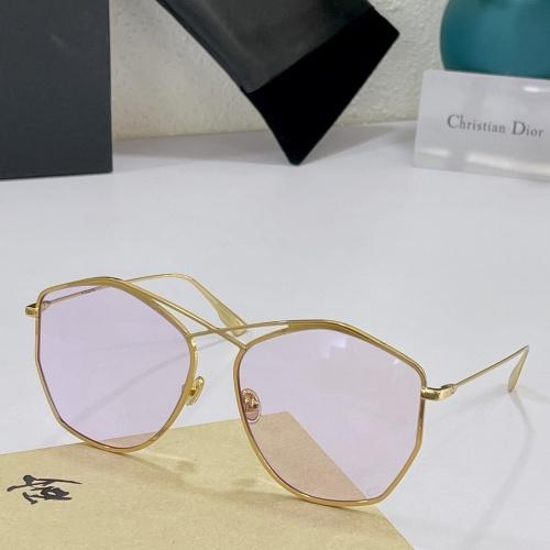 Christian Dior AAA Quality Sunglasses #890147