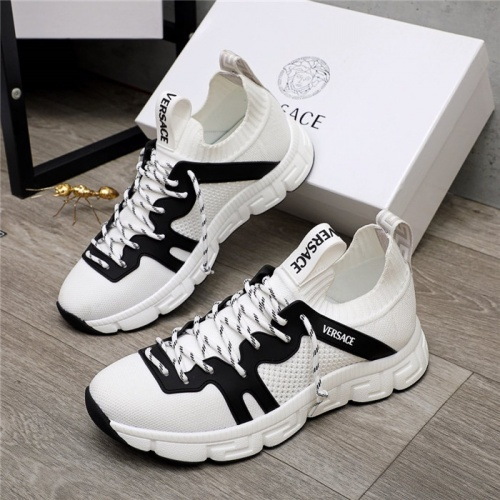 Versace Casual Shoes For Men #890565