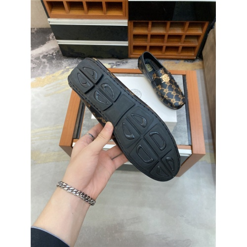 Replica Versace Leather Shoes For Men #890569 $76.00 USD for Wholesale
