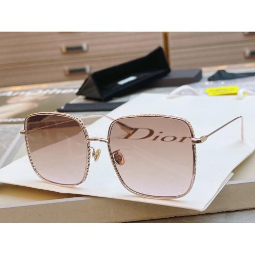 Christian Dior AAA Quality Sunglasses #891102