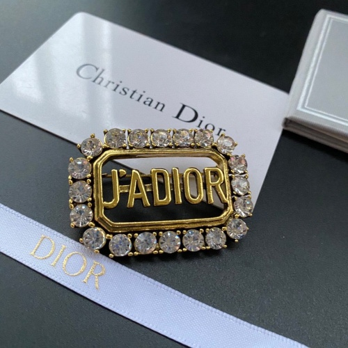 Christian Dior Brooches #892384