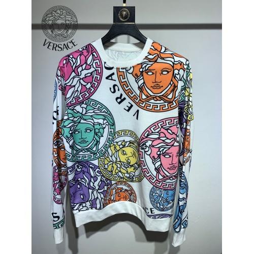 Versace Hoodies Long Sleeved For Men #892588