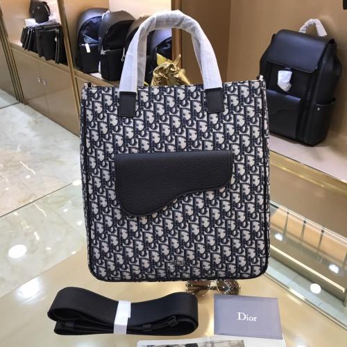 Christian Dior AAA Man Handbags #893769