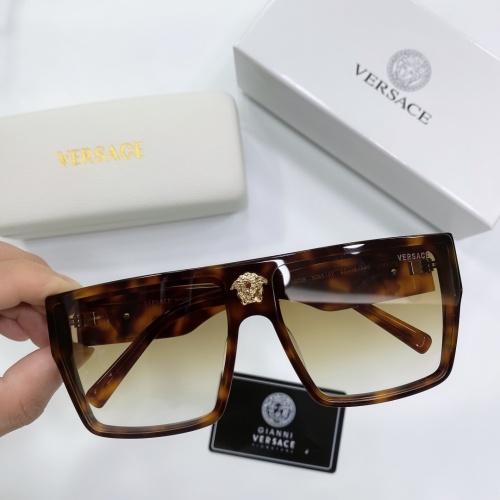 Versace AAA Quality Sunglasses #893988