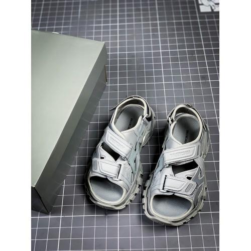 Balenciaga Sandal For Women #894678