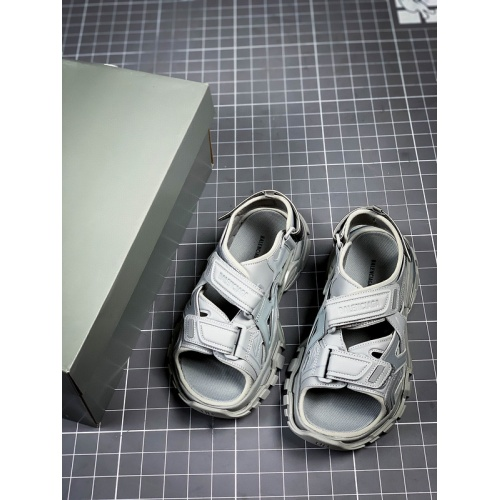 Balenciaga Sandal For Men #894679