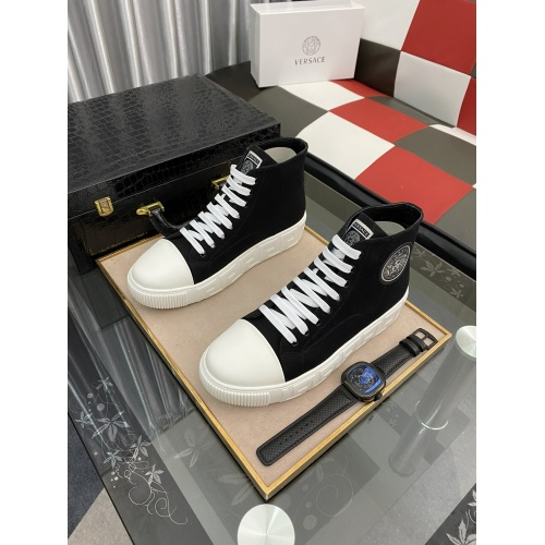 Versace High Tops Shoes For Men #894772