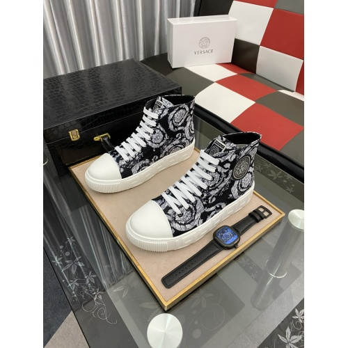 Versace High Tops Shoes For Men #894777