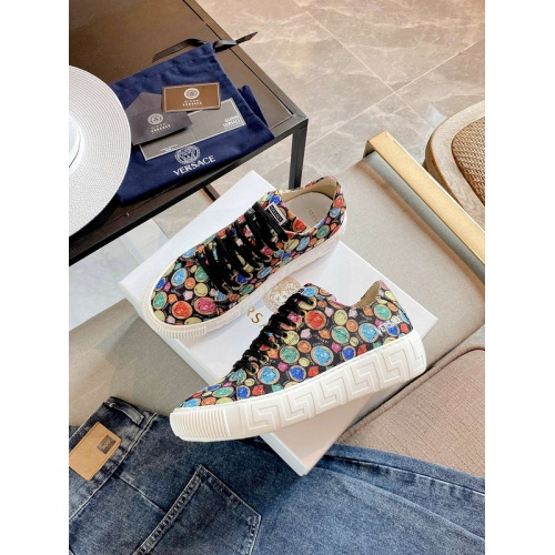 Versace Casual Shoes For Women #894928
