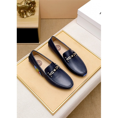 Versace Leather Shoes For Men #895034
