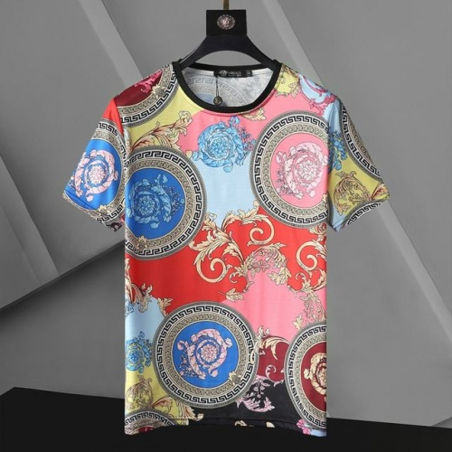 Versace T-Shirts Short Sleeved For Men #896536