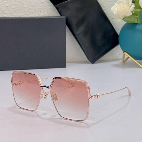Christian Dior AAA Quality Sunglasses #897598