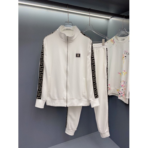 Versace Tracksuits Long Sleeved For Men #897785