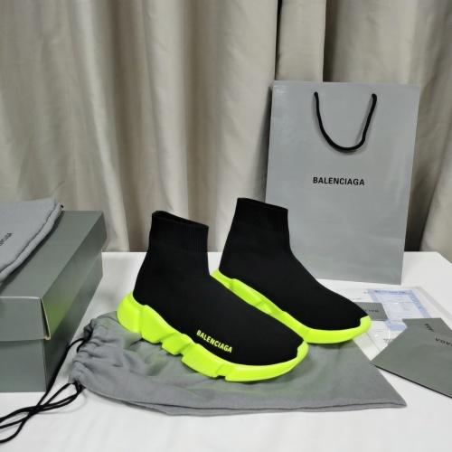 Balenciaga Boots For Women #898068