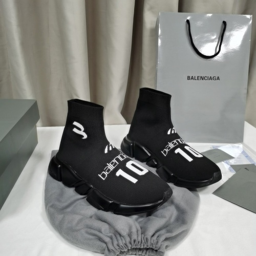 Balenciaga Boots For Women #898070