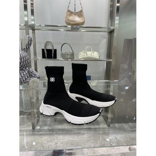 Balenciaga Boots For Women #898093