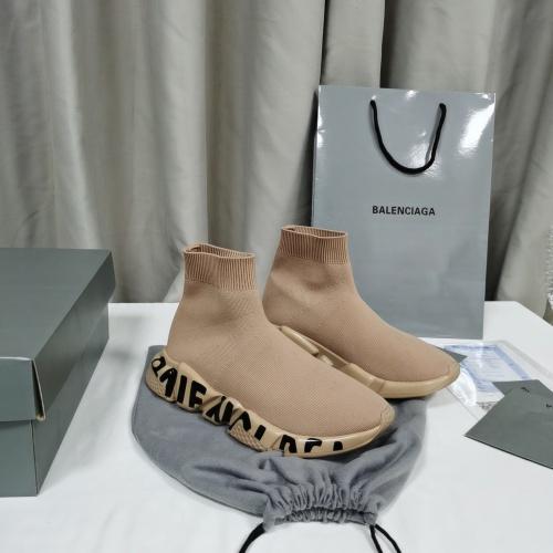 Balenciaga Boots For Women #898116