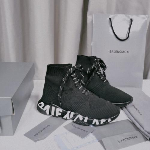 Balenciaga Boots For Women #898122