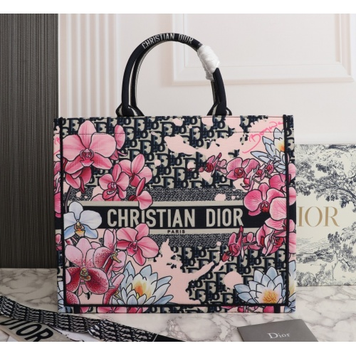 Christian Dior AAA Quality Tote-Handbags For Women #898780
