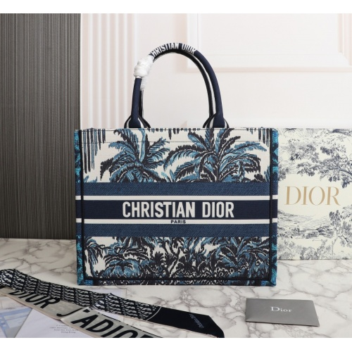 Christian Dior AAA Quality Tote-Handbags For Women #898787