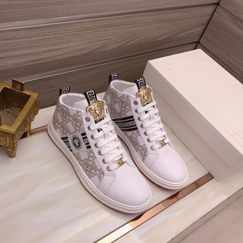 Versace High Tops Shoes For Men #898872