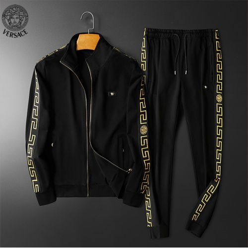 Versace Tracksuits Long Sleeved For Men #898926