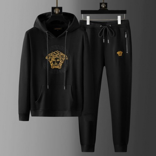 Versace Tracksuits Long Sleeved For Men #899665