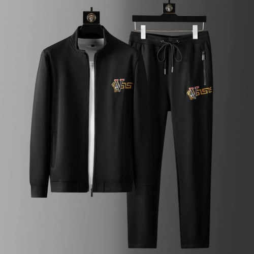 Versace Tracksuits Long Sleeved For Men #899671
