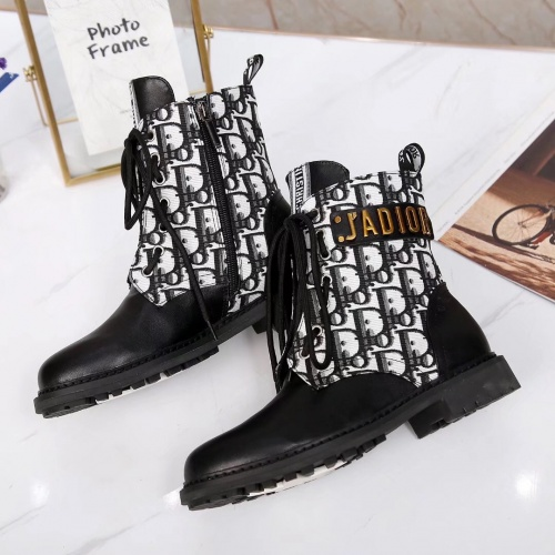 Christian Dior Boots For Women #900256