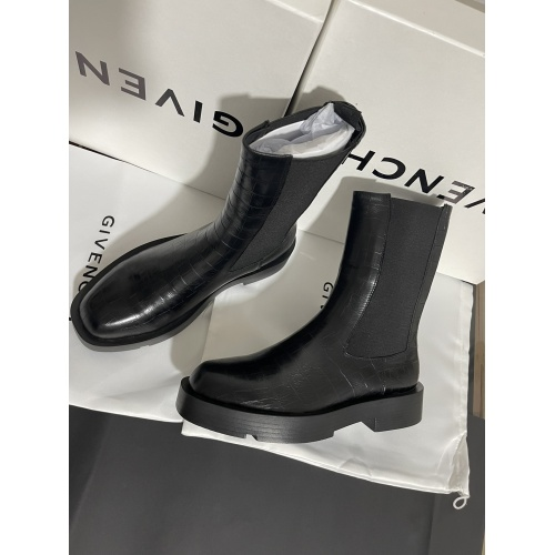 Givenchy Boots For Women #901043