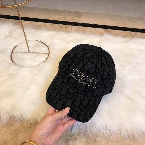 Christian Dior Caps #901327