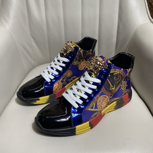Versace High Tops Shoes For Men #902106