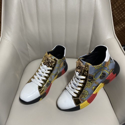 Versace High Tops Shoes For Men #902107