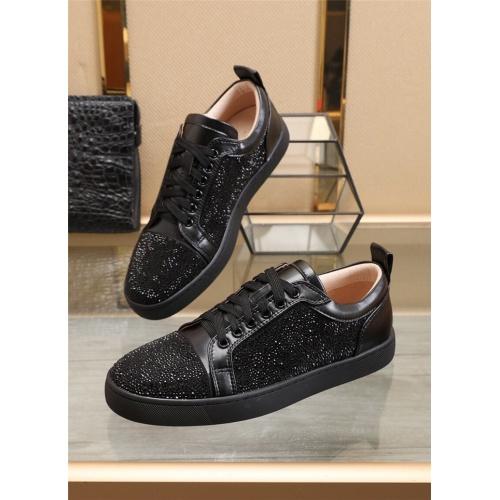 Christian Louboutin Casual Shoes For Men #902476