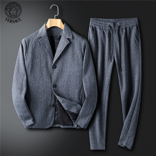 Versace Tracksuits Long Sleeved For Men #902660